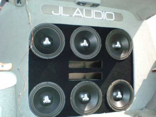 custom_install_jl_audio_wall